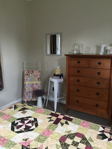 Cozy Home on Town Fringe - Masterton