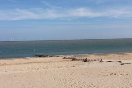Cosy Beach Cottage - Caister-on-Sea - Haus