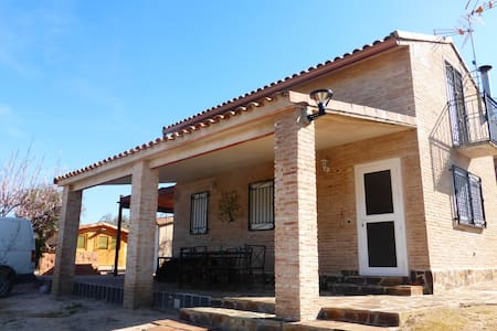 Beautiful Villa with pool as holiday home - Escalona del Alberche