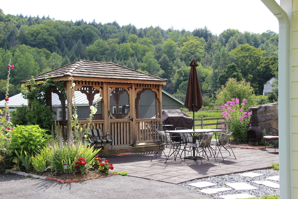 Patio with Gazebo, redwood hot tub, BBQ & dining or 6.