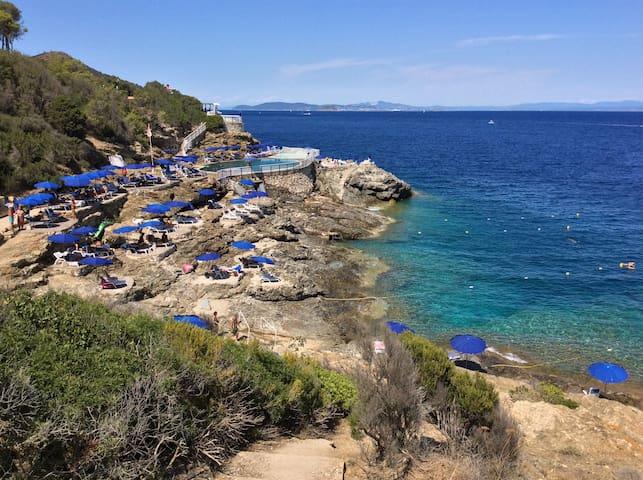 Capo d'Arco, Isola d'Elba, una favola sul mare