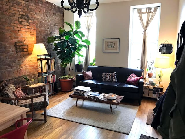 Prospect Heights Room