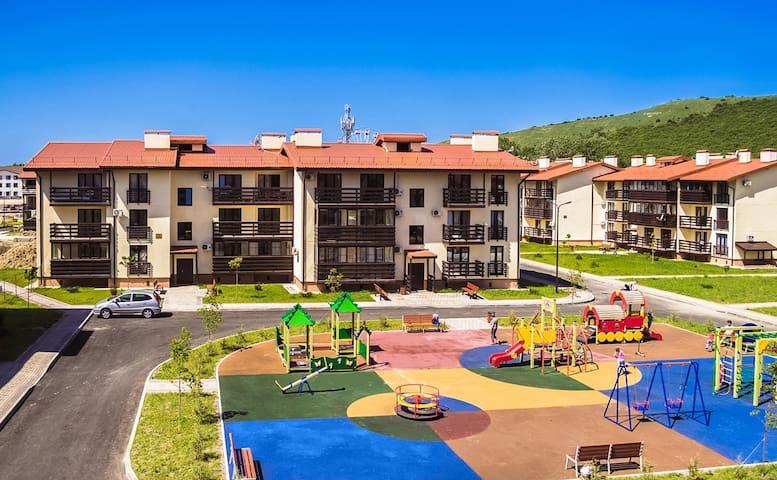 Новая квартира для отдыха в Резиденции Утриш! - Sukko - Flat