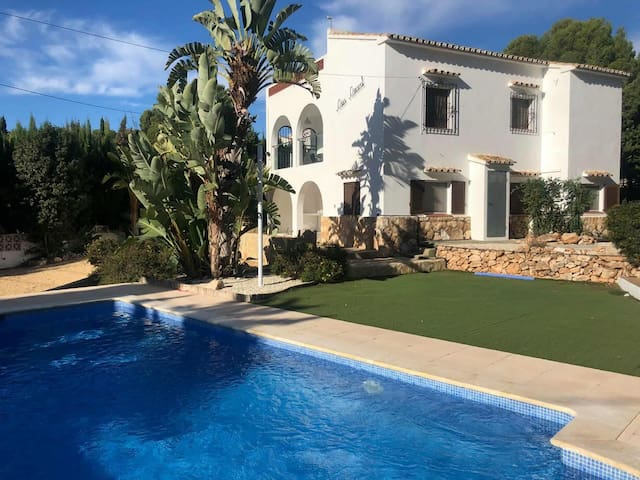 Casa Caracol - 5 bed private villa with pool.