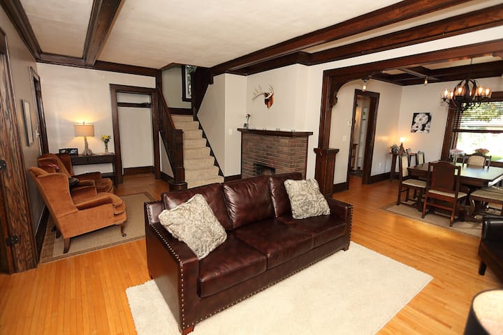 Dramatic Mission-Style 3BR Minutes from Downtown