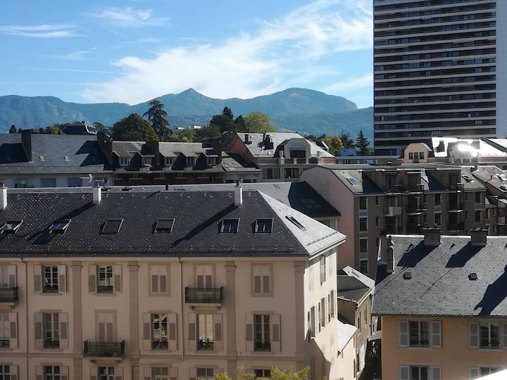 Studio vue dégagée - nouveau quartier de la Gare