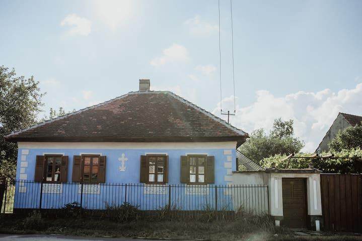 LaMamaAnica-Guesthouse inTransylvania, near Sibiu