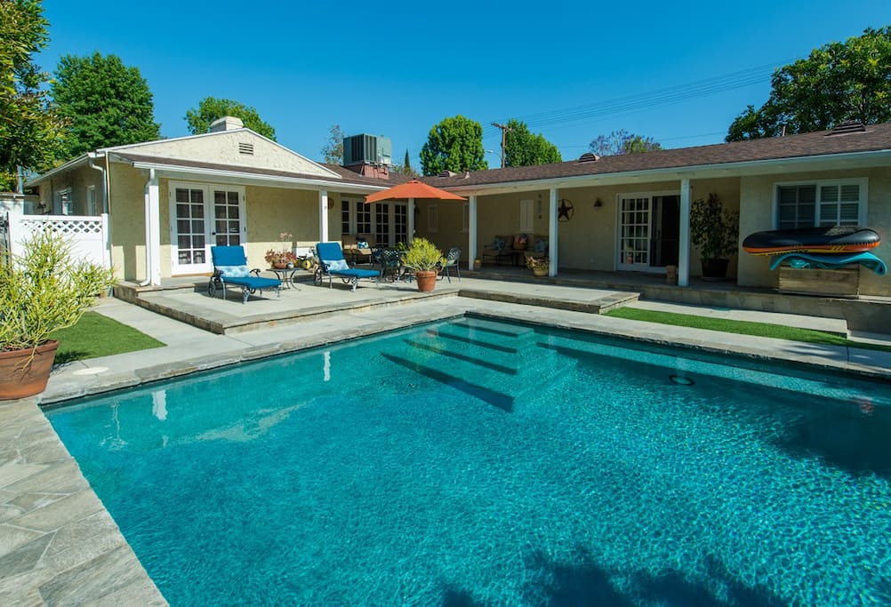 La Lovely Home W Oasis Yard Salt Water Pool Houses For Rent In Los Angeles California United