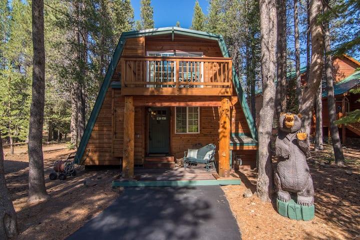 The Davos Cabin - 2 bdrm+loft