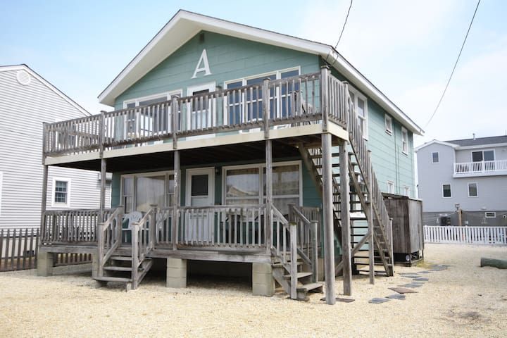 Central Surf City, 3 bed 1 bath, 1st Floor