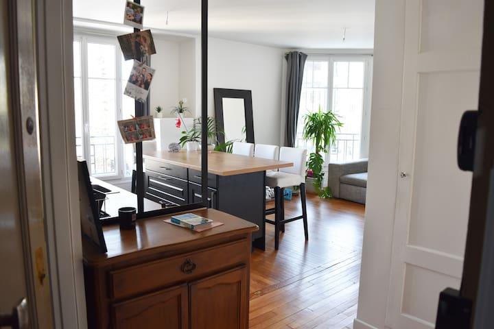 1 Chambre privée ds bel appart à deux pas de Paris