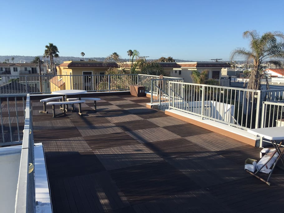 Rooftop Deck 1
