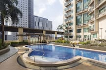 Well equipped amenities include 25m swimming pool, kiddie pool and wading pool