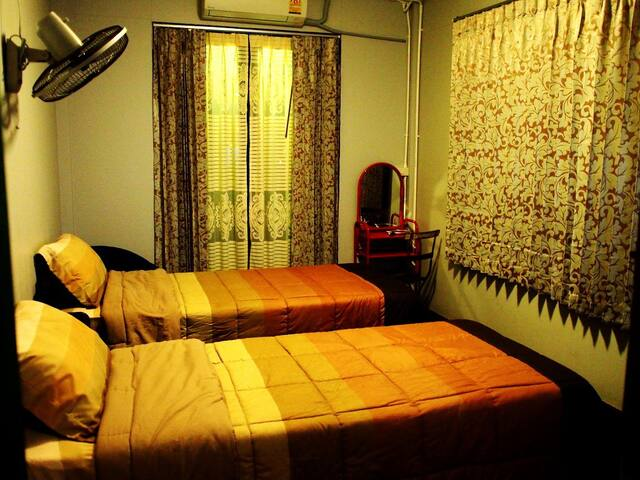 Chommuang Guesthouse 6 Ayutthaya