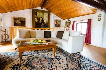 Casa Marie Therese - Montina - Rumah
