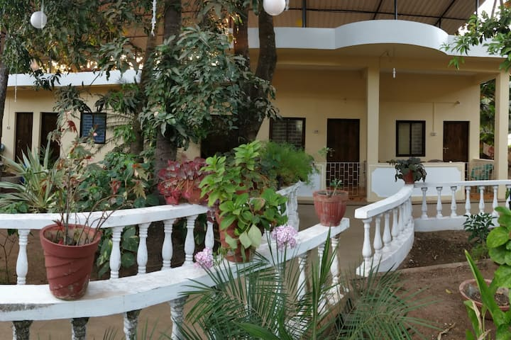 Days Guest House - Garden Rooms Anjuna Goa