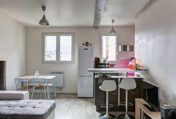 Grand appartement 8mn Saint-Lazare
