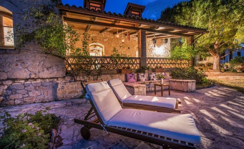 Kirstin 4-Bedroom Villa, Dikopoulos Organic Farm - Tragaki - Villa