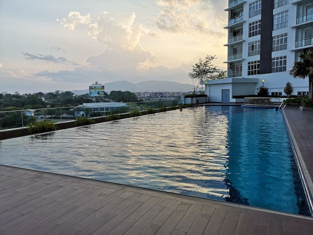 D'Putra Suites@ Near Senai Airport/ JPO/ AEON Mall