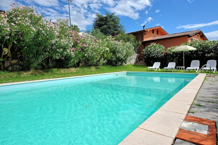 Villa Melograni - Holiday Villa Rental with swimming pool near Lucca, Tuscany