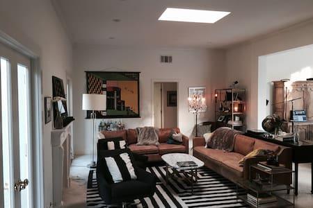 LE PAVILLION | Montecito home with pool + hot tub - Montecito - Talo