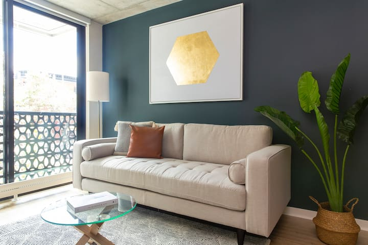 Sonder | Duboce Apartments | Airy 1BR + Rooftop