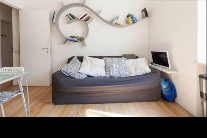 Charming Private Room in Navigli and Bocconi