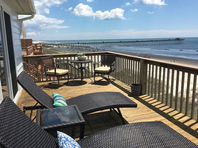 NEW LISTING TO AIRBNB !!! Are We There Yet? - Emerald Isle - House