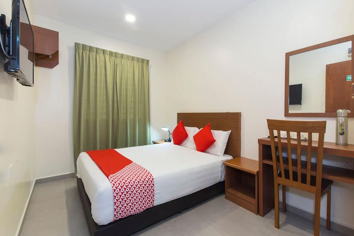 1BR Deluxe Double@ Lawten Hotel! On Sale!