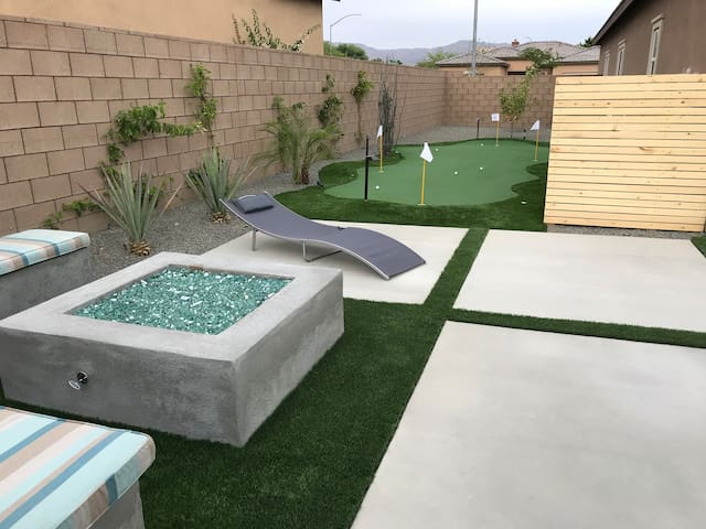 National gas fire pit with seat benches