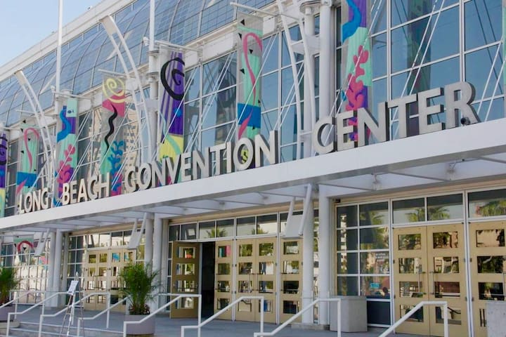 Short 5 minute walk to the Convention Center