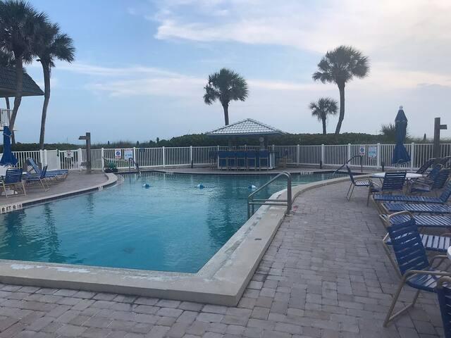 Four Winds Beach Resort Longboat Key, FL Dec.21-28