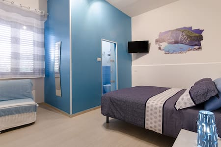 BLUE ROOM - Reggio  Calabria
