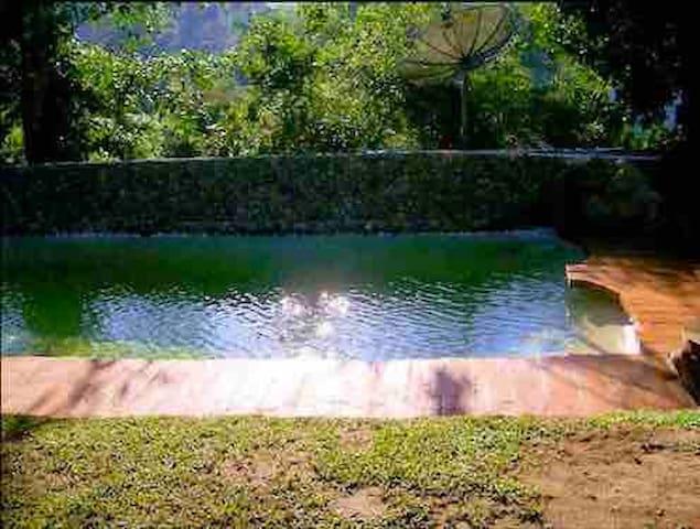 Casa Em Boiçucanga próximo ao rio e cachoeira