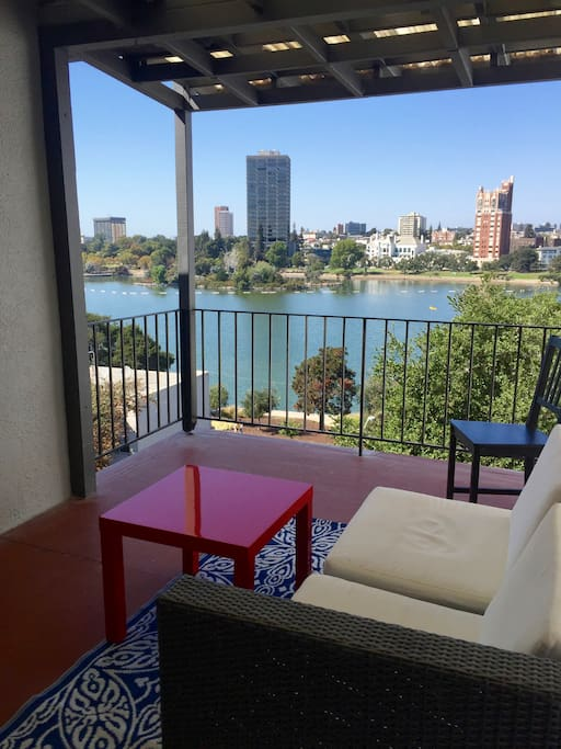 Lake Merritt Penthouse Apartments For Rent In Oakland California United States