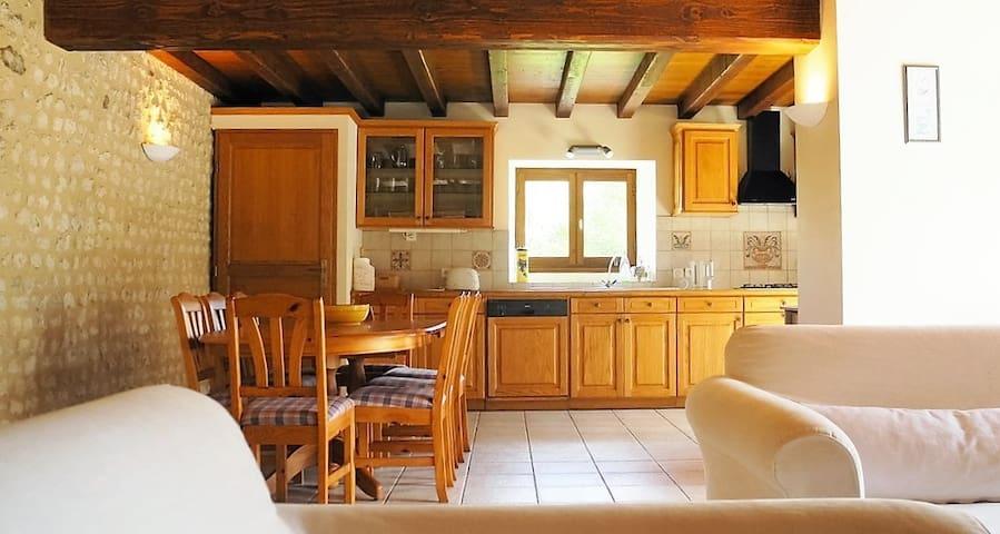 Villa Anglade - paradise close to Aubeterre!