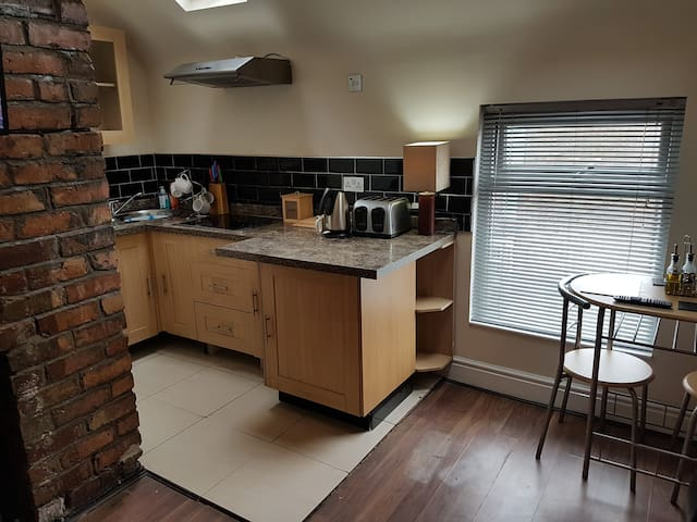 Spacious 1 bedroomed apt