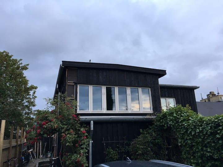 Lille hyggeligt hus i Haveforening