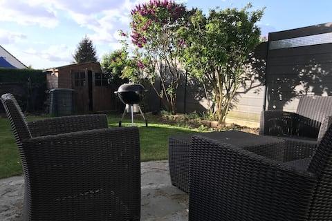 Maison+ jardin proche CDG/PARIS/Chantilly/Asterix