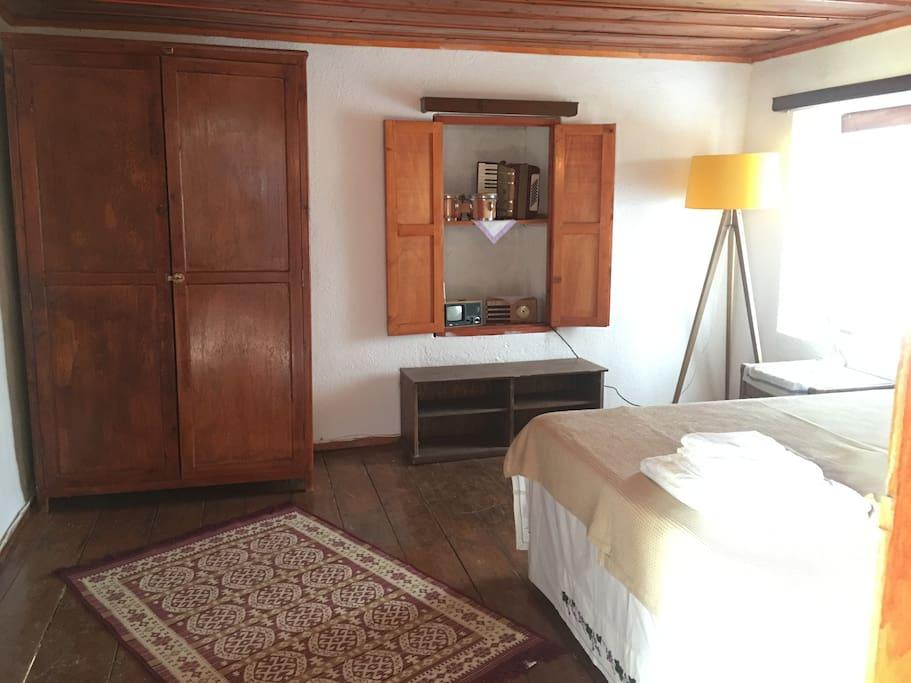 Üst rum odası (hemera) çift kişilik yada iki tek kişilik yatak wc duş