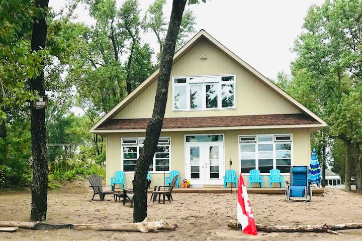 Long Point Sunshine Daydream Beach House