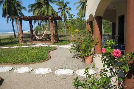 Casa Rosa at Playa Buena Vista near Troncones - Troncones - House