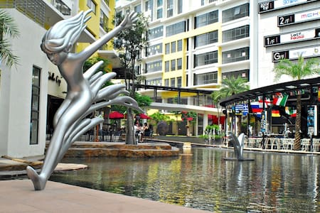 KL Tour?save ur $ with 5* class room in setiawalk - Puchong