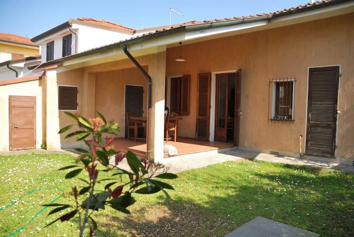 CASA AL MARE - Pietrasanta - Huis