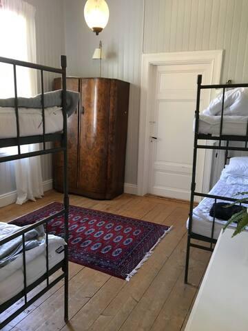 Sovrum - 2 våningssängar -  plan 1