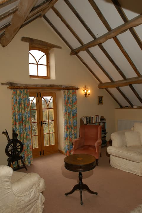 Garraway Cottage Holidays in The Wye Valley AONB
