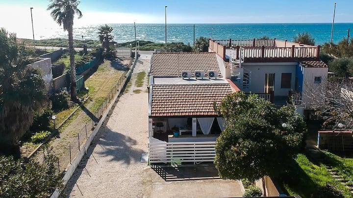 Edoné, appartement en front de mer - Baia Cirica