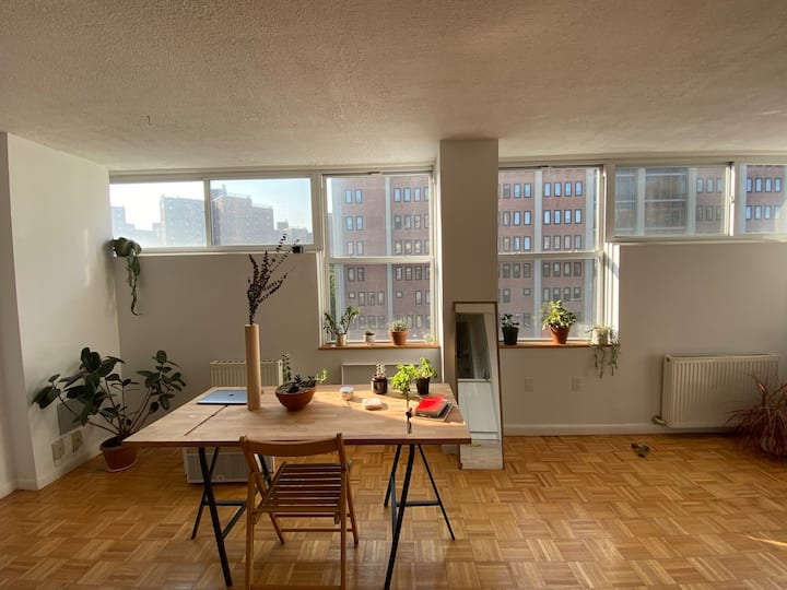 Spacious Lower East Side 1 BR w/ dedicated office
