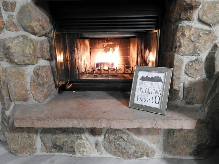 Cozy Mountain Condo in Granby CO
