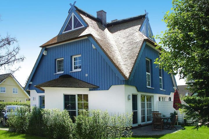 4 star holiday home in Zingst